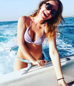 Juliana,32-3
