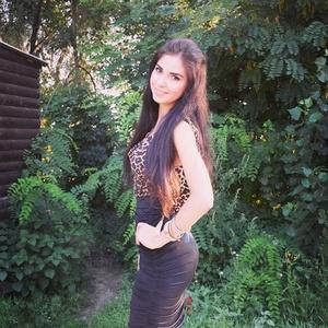 Karina,22-4