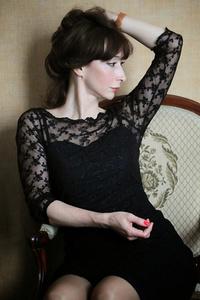Alina,45-1